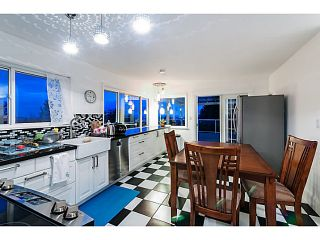 Photo 5: 558 BALLANTREE Road in West Vancouver: Glenmore House for sale : MLS®# V1087314