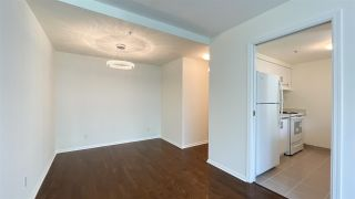 """Photo 4: 1305 1238 MELVILLE Street in Vancouver: Coal Harbour Condo for sale in """"POINTE CLAIRE"""" (Vancouver West)  : MLS®# R2579898"""