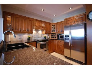 Photo 3: 10 1560 PRINCE Street in Port Moody: College Park PM Townhouse for sale : MLS®# V980048