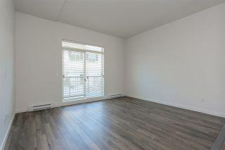 "Photo 6: 130 8130 136A Street in Surrey: Bear Creek Green Timbers Townhouse for sale in ""KINGS LANDING"" : MLS®# R2181571"