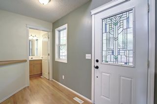 Photo 5: 60 Inverness Drive SE in Calgary: McKenzie Towne Detached for sale : MLS®# A1146418