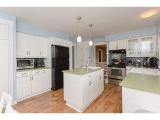 """Photo 2: 10689 SANTA MONICA Drive in Delta: Nordel House for sale in """"Canterbury Heights"""" (N. Delta)  : MLS®# F1432962"""