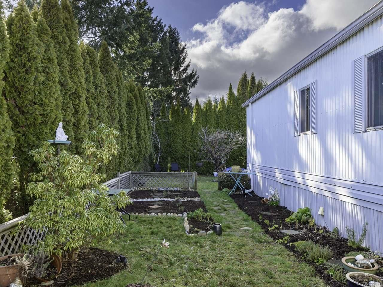 Photo 31: Photos: 64 390 Cowichan Ave in COURTENAY: CV Courtenay East Manufactured Home for sale (Comox Valley)  : MLS®# 833987