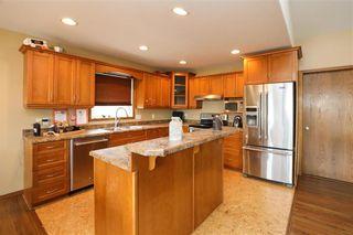 Photo 4: 10 Siskin Bay in Landmark: R05 Residential for sale : MLS®# 202118023