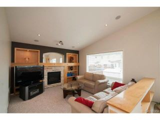 Photo 9: 47 Coxswain Cove in WINNIPEG: Windsor Park / Southdale / Island Lakes Single Family Detached for sale (South East Winnipeg)  : MLS®# 1415358