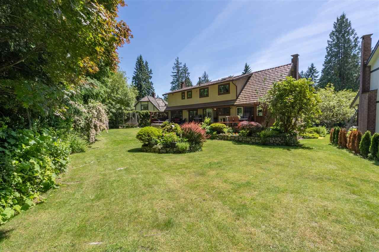Main Photo: 696 WELLINGTON Place in North Vancouver: Princess Park House for sale : MLS®# R2468261