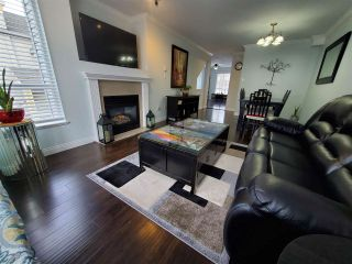 """Photo 18: 28 16388 85 Avenue in Surrey: Fleetwood Tynehead Townhouse for sale in """"CAMELOT"""" : MLS®# R2555638"""