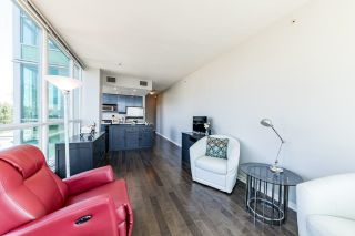 """Photo 6: 1107 138 E ESPLANADE in North Vancouver: Lower Lonsdale Condo for sale in """"PREMIERE AT THE PIER"""" : MLS®# R2602280"""