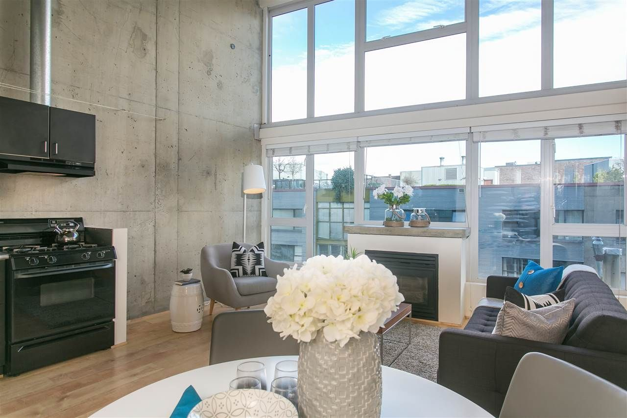 Main Photo: 425 289 ALEXANDER STREET in : Strathcona Condo for sale (Vancouver East)  : MLS®# R2041741