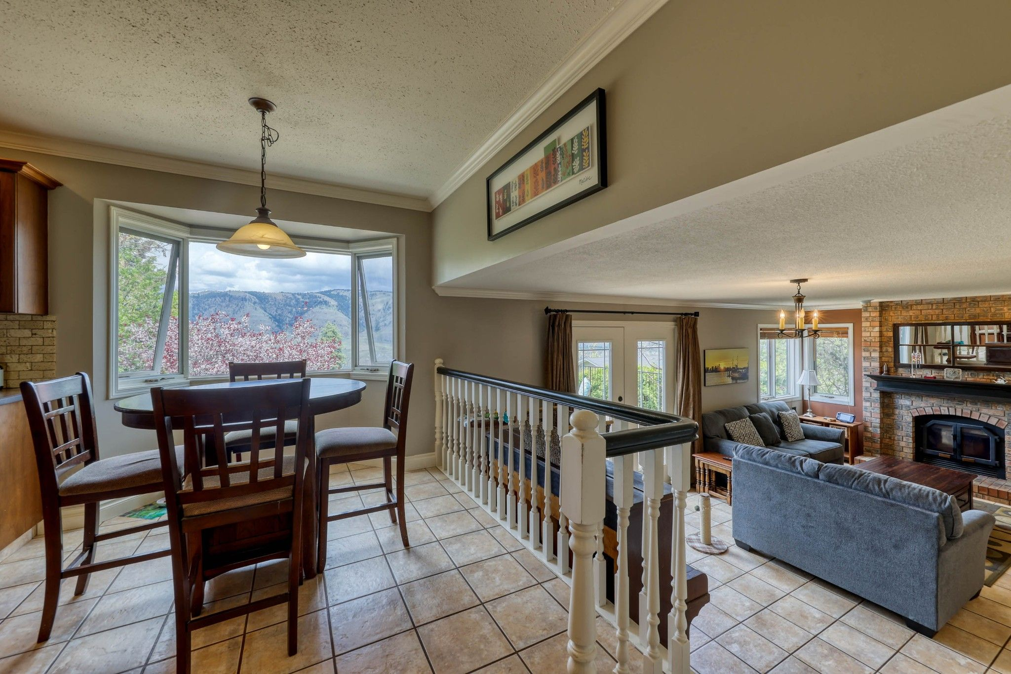 Photo 13: Photos: 2816 Capilano Drive in Kamloops: Juniper Heights House for sale : MLS®# 162002