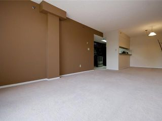 Photo 8: 202 2011 UNIVERSITY Drive NW in CALGARY: C-416 Condo for sale (Calgary)  : MLS®# C3484383