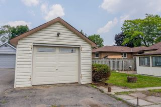 Photo 17: 138 Farewell Street in Oshawa: Donevan House (Bungalow) for sale : MLS®# E5328643