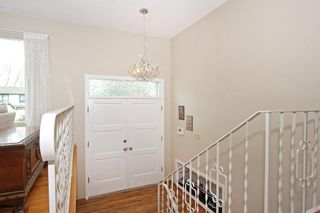Photo 3: 332 WILLOW RIDGE Place SE in Calgary: Willow Park House for sale : MLS®# C4122684