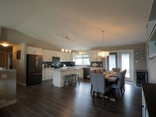 Photo 2: 29 Kelly K Street in Portage la Prairie: House for sale : MLS®# 202017280