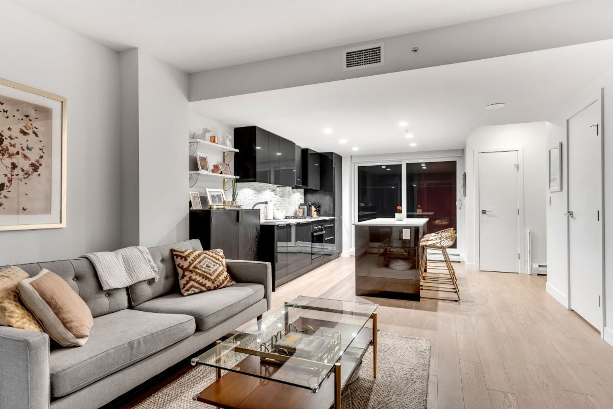 """Main Photo: 507 1283 HOWE Street in Vancouver: Downtown VW Townhouse for sale in """"TATE"""" (Vancouver West)  : MLS®# R2561072"""