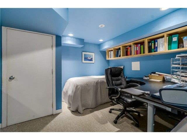 """Photo 15: Photos: 1361 E 15TH Street in North Vancouver: Westlynn House for sale in """"WESTLYNN"""" : MLS®# V1129244"""