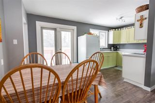 """Photo 7: 132 AITKEN Crescent in Prince George: Perry House for sale in """"Perry"""" (PG City West (Zone 71))  : MLS®# R2531977"""
