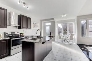 Photo 4: 326 Baker Hill Blvd: Stouffville Freehold for sale (Whitchurch-Stouffville)  : MLS®# N4584274