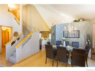 Photo 3: 72 Meadowcrest Bay in Winnipeg: River Grove Residential for sale (4E)  : MLS®# 1623140