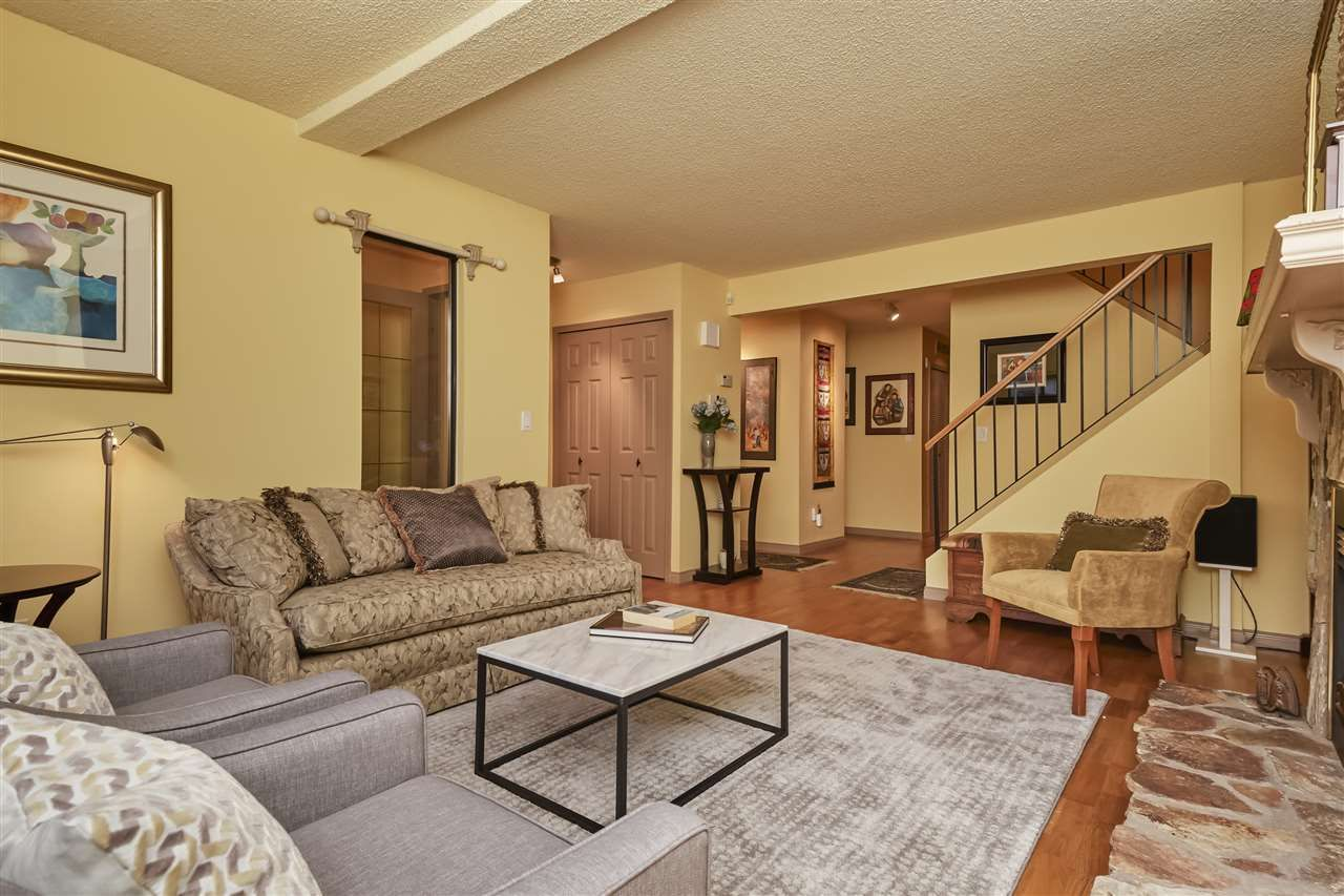 Photo 5: Photos: 7360 TOBA PLACE in Vancouver: Champlain Heights Townhouse for sale (Vancouver East)  : MLS®# R2430087