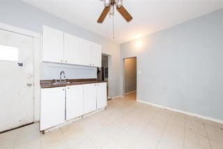 Photo 14: 427 College Avenue in Winnipeg: North End Residential for sale (4A)  : MLS®# 202110127