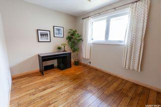 Photo 24: 220 Lake Crescent in Saskatoon: Grosvenor Park Residential for sale : MLS®# SK744275