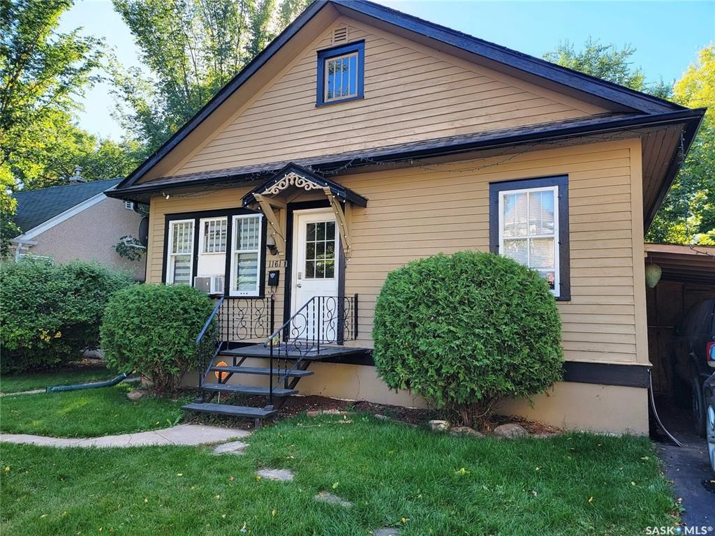 Main Photo: 1161 105th Street in North Battleford: Paciwin Residential for sale : MLS®# SK870091