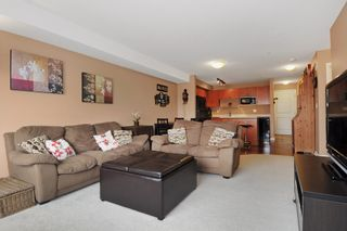 """Photo 10: 301 5465 203RD Street in Langley: Langley City Condo for sale in """"STATION 54"""" : MLS®# F1436316"""