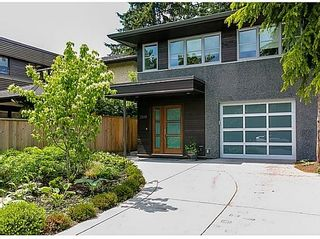 Photo 2: 2839 ST GEORGE Street in Vancouver East: Home for sale : MLS®# V1066660