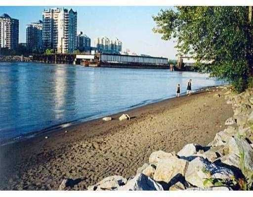 """Main Photo: 411 83 STAR Crescent in New_Westminster: Queensborough Condo for sale in """"RESIDENCE ON THE RIVER"""" (New Westminster)  : MLS®# V662719"""