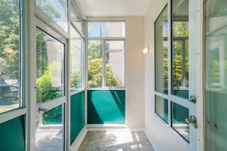 """Photo 20: 102 3463 CROWLEY Drive in Vancouver: Collingwood VE Condo for sale in """"Macgregor Court"""" (Vancouver East)  : MLS®# R2498369"""