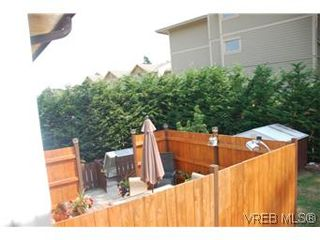 Photo 16: 2911 Aprell Pl in VICTORIA: La Langford Proper House for sale (Langford)  : MLS®# 562337