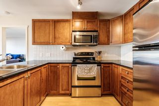 """Photo 2: 411 315 KNOX Street in New Westminster: Sapperton Condo for sale in """"San Marino"""" : MLS®# R2620316"""