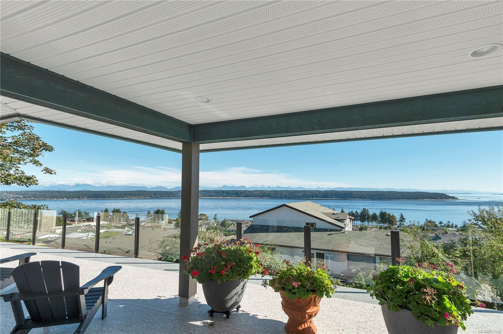 Photo 5: Photos: 253 S Alder St in : CR Campbell River South House for sale (Campbell River)  : MLS®# 857027