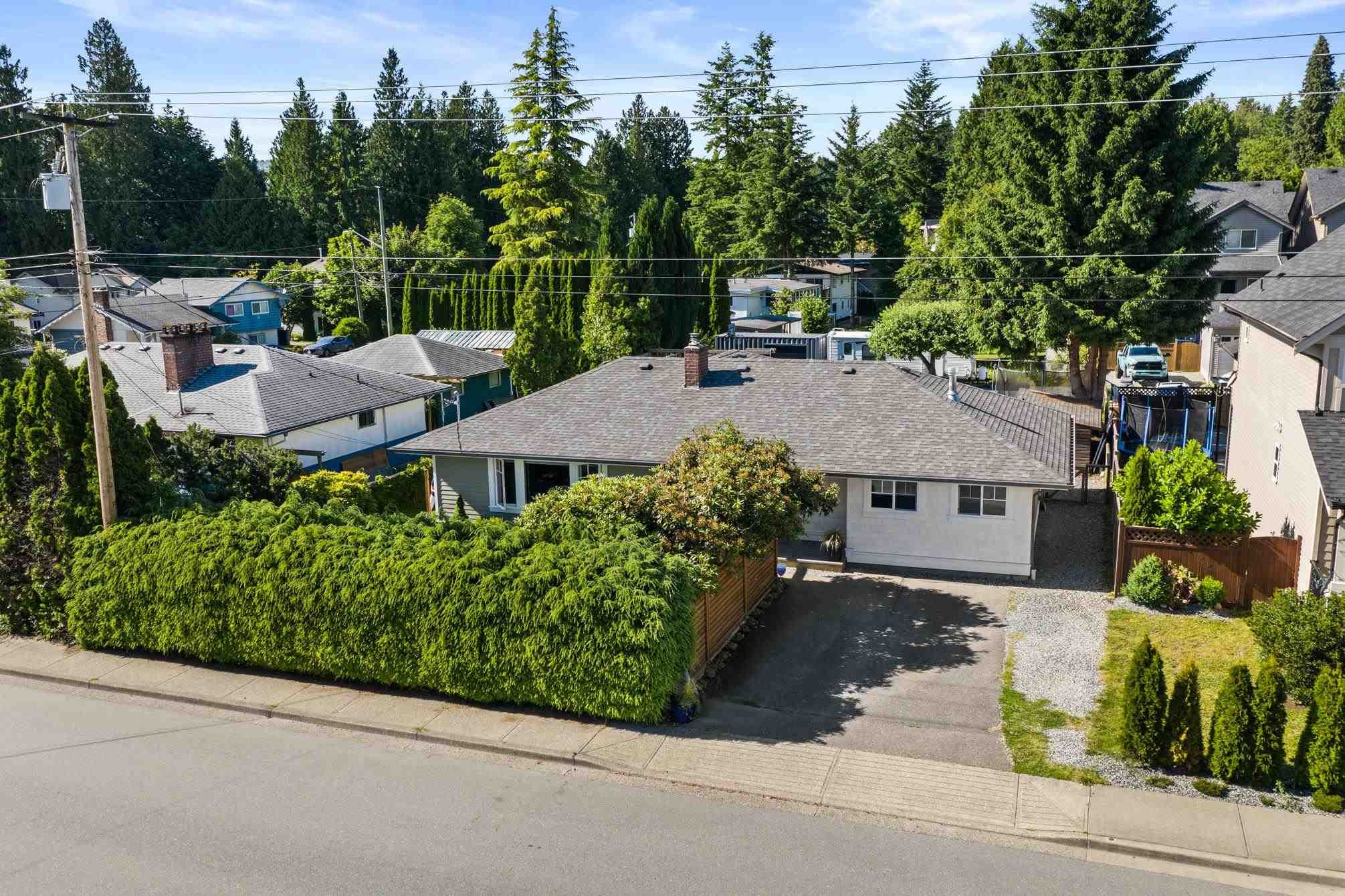 Photo 1: Photos: 32459 7TH Avenue in Mission: Mission BC House for sale : MLS®# R2595099