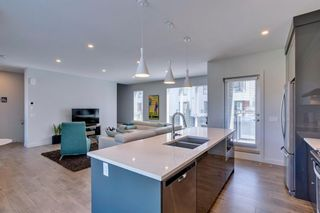 Photo 14: 205 Bow Grove NW in Calgary: Bowness Row/Townhouse for sale : MLS®# A1138305