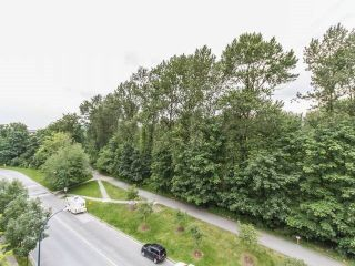 "Photo 7: 501 2362 WHYTE Avenue in Port Coquitlam: Central Pt Coquitlam Condo for sale in ""AQUILA"" : MLS®# R2179817"