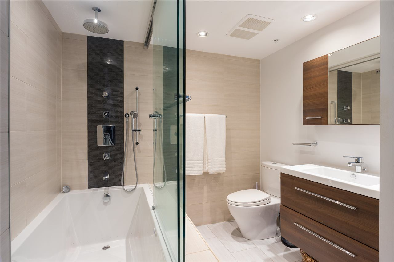 """Photo 15: Photos: 2101 867 HAMILTON Street in Vancouver: Downtown VW Condo for sale in """"Jardine's Lookout"""" (Vancouver West)  : MLS®# R2569511"""