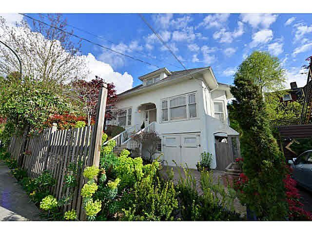 Main Photo: 2656 W 3RD AVENUE in : Kitsilano House for sale : MLS®# V1072371