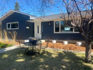 Photo 2: 5424 Ladbrooke Drive SW in Calgary: Lakeview Detached for sale : MLS®# A1103272