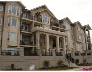 """Main Photo: 309 20281 53A Avenue in Langley: Langley City Condo for sale in """"Chilton Layne"""" : MLS®# F2815866"""