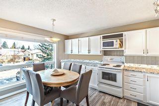 Photo 5: 155 Woodglen Grove SW in Calgary: Woodbine Row/Townhouse for sale : MLS®# A1111789