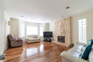 Photo 7: 4899 MOSS Street in Vancouver: Collingwood VE House for sale (Vancouver East)  : MLS®# R2566068