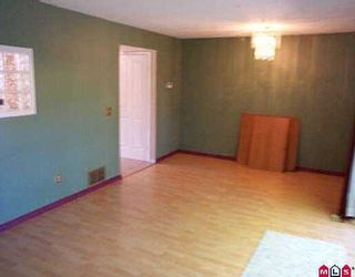 "Photo 3: 5 10898 152ND ST in Surrey: Bolivar Heights Townhouse for sale in ""Woodbridge"" (North Surrey)  : MLS®# F2609389"