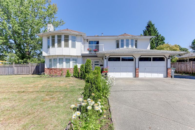FEATURED LISTING: 13221 92 Avenue Surrey