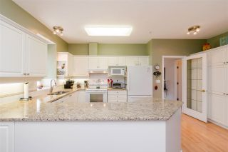 "Photo 9: 85 9025 216 Street in Langley: Walnut Grove Townhouse for sale in ""Coventry Woods"" : MLS®# R2373404"