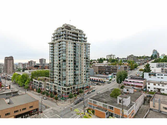 Main Photo: 1401 39 SIXTH STREET in : Downtown NW Condo for sale : MLS®# V1012289