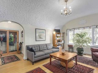 """Photo 3: 2185 COLLINGWOOD Street in Vancouver: Kitsilano House for sale in """"Kitsilano"""" (Vancouver West)  : MLS®# R2311078"""