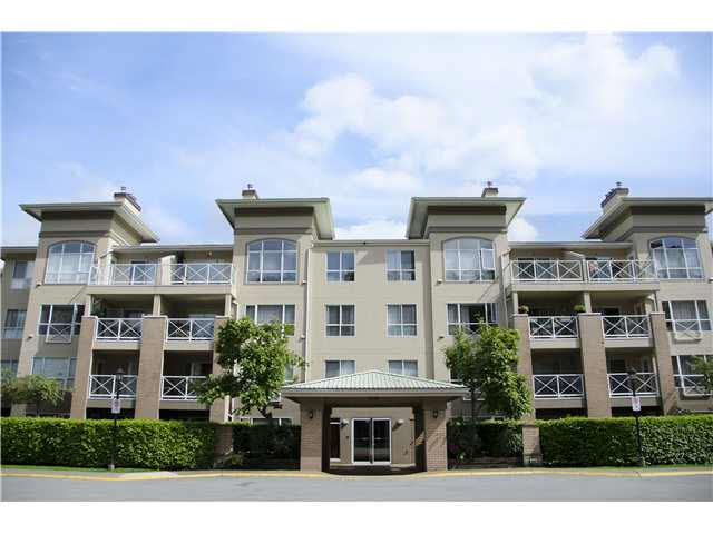 Main Photo: 207 2558 PARKVIEW LANE in : Central Pt Coquitlam Condo for sale : MLS®# V1065712