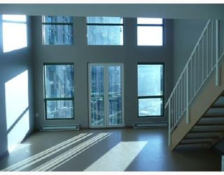 """Photo 2: 409 1 E CORDOVA Street in Vancouver: Downtown VE Condo for sale in """"CARRALL STATION"""" (Vancouver East)  : MLS®# V687975"""